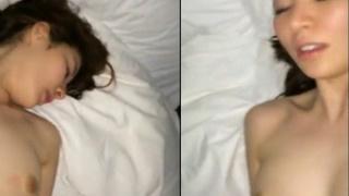 [好想淫韓國!]搓鮑鮑幾圈就聽見水聲!這可比在外流傳的空姐還正