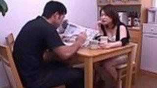 日本メイドの肛門ハードコア