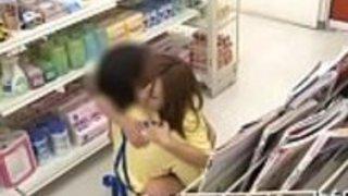 スーパーマーケットでの公共の点滅
