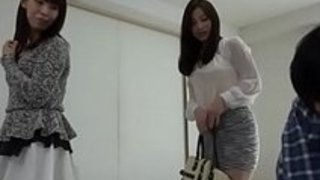 巨乳美少女に夜這いをかけておっぱい揉んだら意外とイケそう!|イクイクXVIDEOS日本人無料エロ動画まとめ
