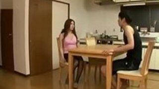 【椎名ゆな】巨乳美人妻が夫の留守中に若い男と濃厚ベロキス交わしてハメまくり!